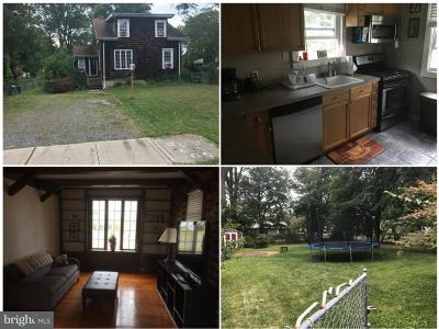 Hamilton Single Family Home For Sale: 213 Lakeside Boulevard