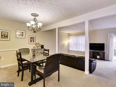 Chesapeake Beach Townhouse For Sale: 8012 Delores Court