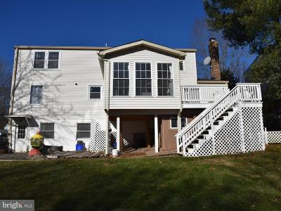 Germantown Single Family Home For Sale: 10740 Wayfarer Road