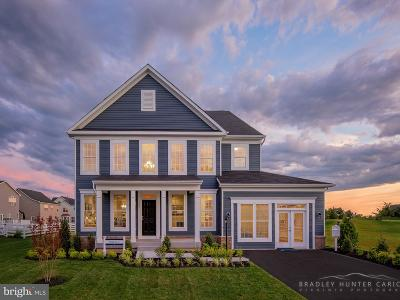 Frederick County Single Family Home For Sale: 128 Farmhouse Court