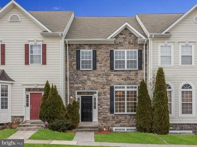 Leesburg Townhouse For Sale: 824 Linfield Terrace NE