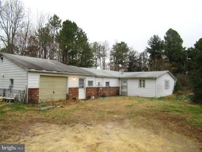 Leonardtown Single Family Home For Sale: 42228 Breton Bay Farm Road