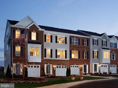 Baltimore Townhouse For Sale: 7726 Village Park Drive