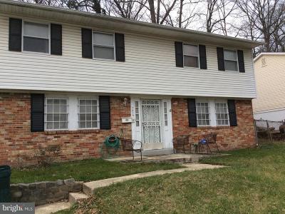 Glenarden Single Family Home For Sale: 7815 Dellwood Avenue