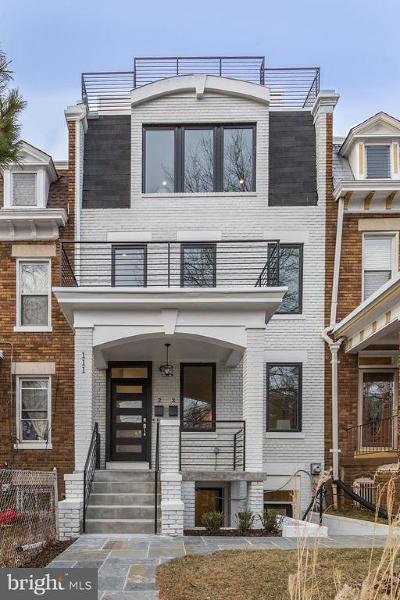 Washington DC Townhouse For Sale: $499,000