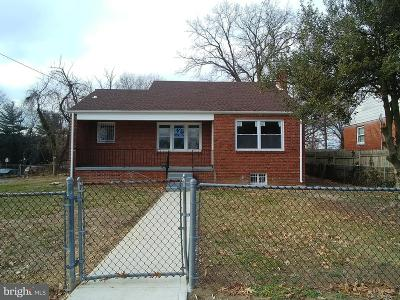 District Heights Single Family Home For Sale: 3325 Pinevale Avenue