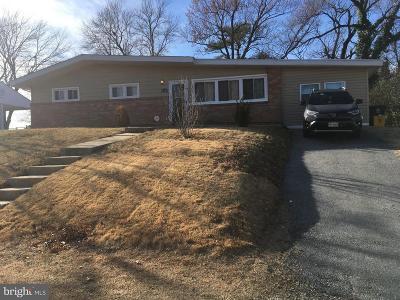 Temple Hills Single Family Home For Sale: 6203 Middleton Lane