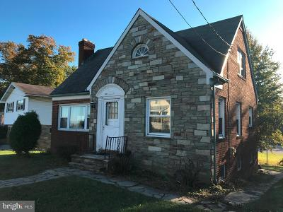 Baltimore Single Family Home For Sale: 6629 Kenwood Avenue