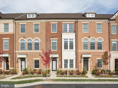 Ashburn Townhouse For Sale: 44660 Collingdale Terrace