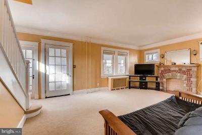 Baltimore Single Family Home For Sale: 5401 Hillburn Avenue
