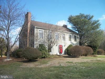 Chesterfield Single Family Home For Sale: 75 White Pine Road