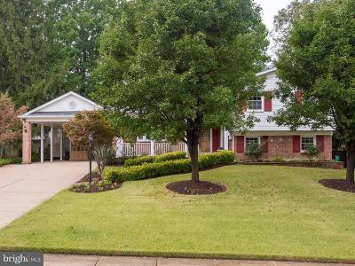 Springfield Single Family Home For Sale: 6004 Jennings Lane