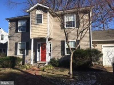 Annapolis Single Family Home For Sale: 501 Dewey Drive