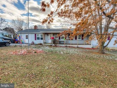 Middletown Single Family Home Under Contract: 4433 Valley View Road