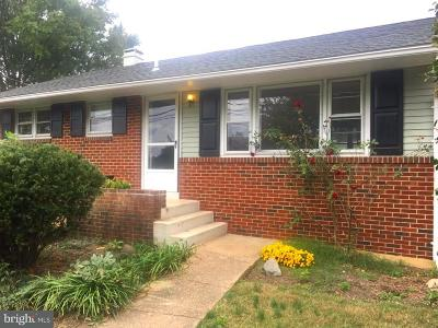 Alexandria Single Family Home Active Under Contract: 7416 Fordson Road
