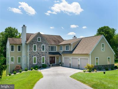 West Chester Single Family Home For Sale: 533 Legion Drive