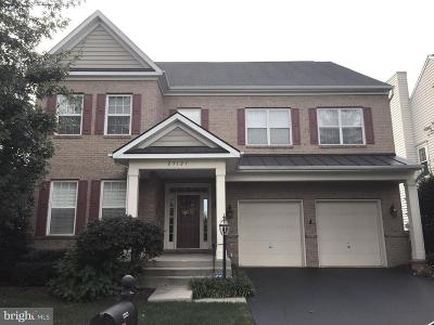 Ashburn Single Family Home For Sale: 23121 Ingersoll Way