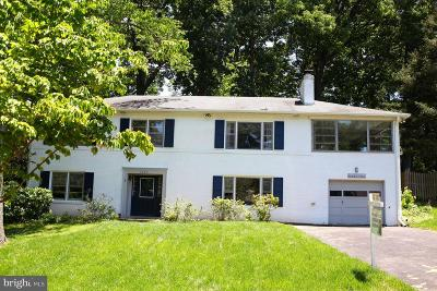 Falls Church Single Family Home For Sale: 3307 Military Drive
