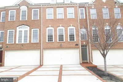 Upper Marlboro Townhouse For Sale: 402 Canaan Street