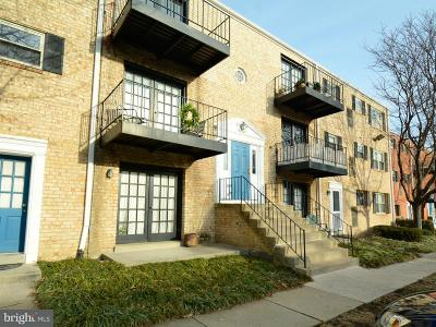 Alexandria Townhouse For Sale: 5927 Quantrell Avenue #202