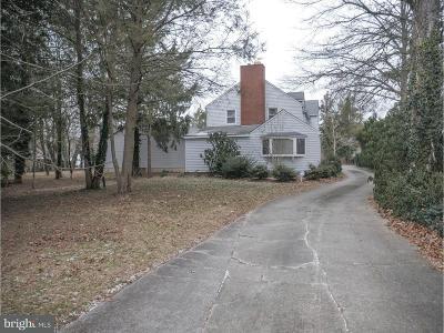 Vineland Single Family Home For Sale: 1050 E Park Avenue