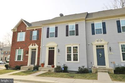 Chesapeake Beach Townhouse For Sale: 8442 Clear Spring Drive