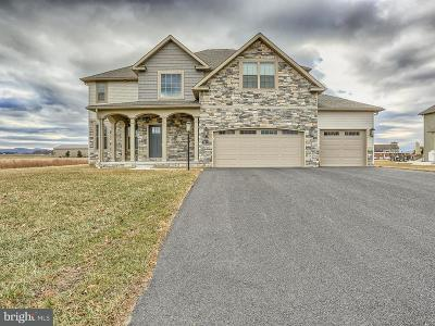 Chambersburg Single Family Home For Sale: 2434 Somerset Road