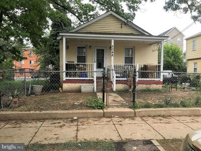 Washington Single Family Home Under Contract: 5048 Queens Stroll Place SE