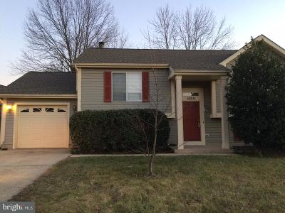 Chantilly Single Family Home Active Under Contract: 16303 Bromall Court