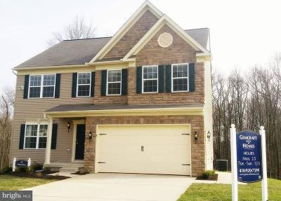 Cecil County Single Family Home For Sale: 2 Razor Strap Road