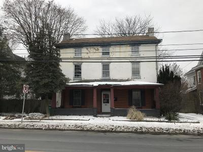 Single Family Home For Sale: 737 Main Street