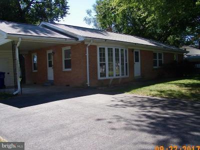 Waldorf Single Family Home For Sale: 12827 Thompson Drive