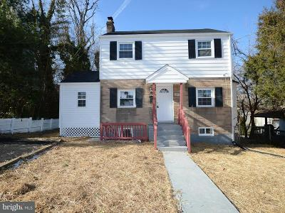 Hyattsville Single Family Home For Sale: 4918 55th Place