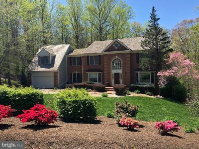 Clifton Single Family Home For Sale: 11901 Henderson Court