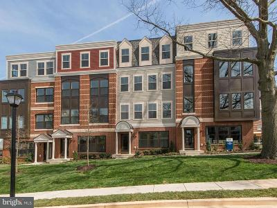 Fairfax Townhouse For Sale: 3957 Oak Street