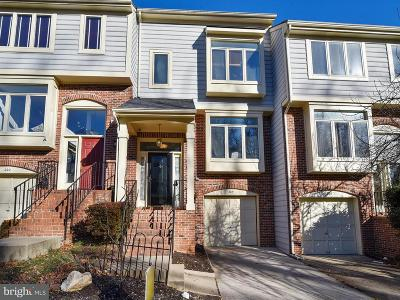 Occoquan Townhouse For Sale: 204 Mill Cross Lane