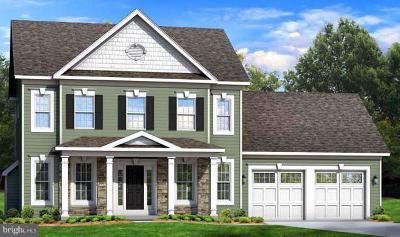 Kearneysville Single Family Home For Sale: 2 Minerva Court