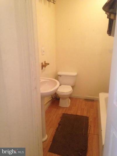 Baltimore MD Single Family Home For Sale: $109,000