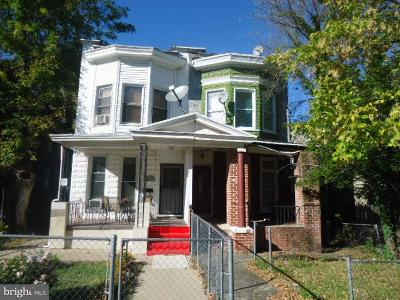 Baltimore Townhouse For Sale: 806 E 41st Street