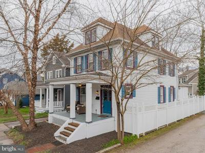 Annapolis Single Family Home For Sale: 13 Colonial Avenue