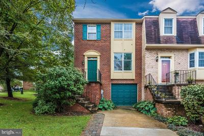 Frederick Townhouse For Sale: 8239 Waterside Court