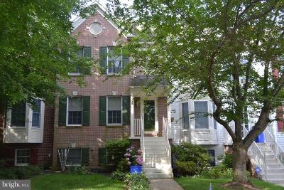 Germantown Townhouse For Sale: 22 Steeple Court