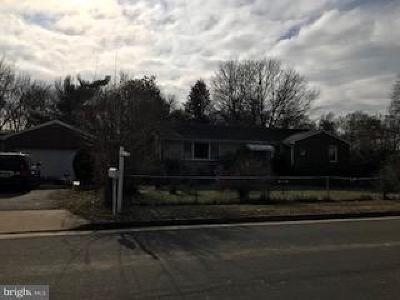 Alexandria VA Single Family Home For Sale: $1,290,000