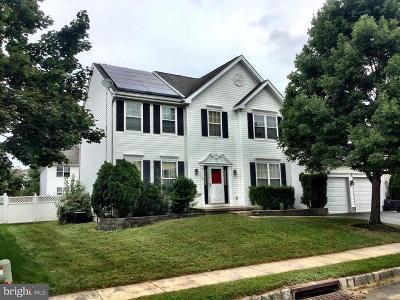 Burlington Single Family Home For Sale: 47 Canidae Street
