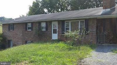 Quicksburg Single Family Home For Sale: 2508 Graveltown Road