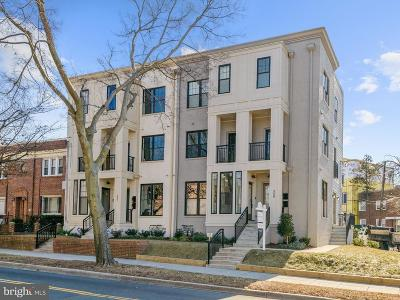 Washington Townhouse For Sale: 509 Franklin Street NE #1