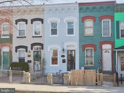 Single Family Home For Sale: 925 8th Street NE