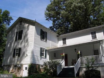 Delaware County Single Family Home For Sale: 472 Thornton Road
