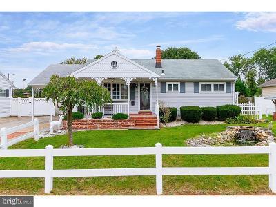 Glassboro Single Family Home For Sale: 225 Macclelland Avenue