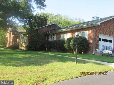 Temple Hills Single Family Home For Sale: 5427 Old Temple Hill Road